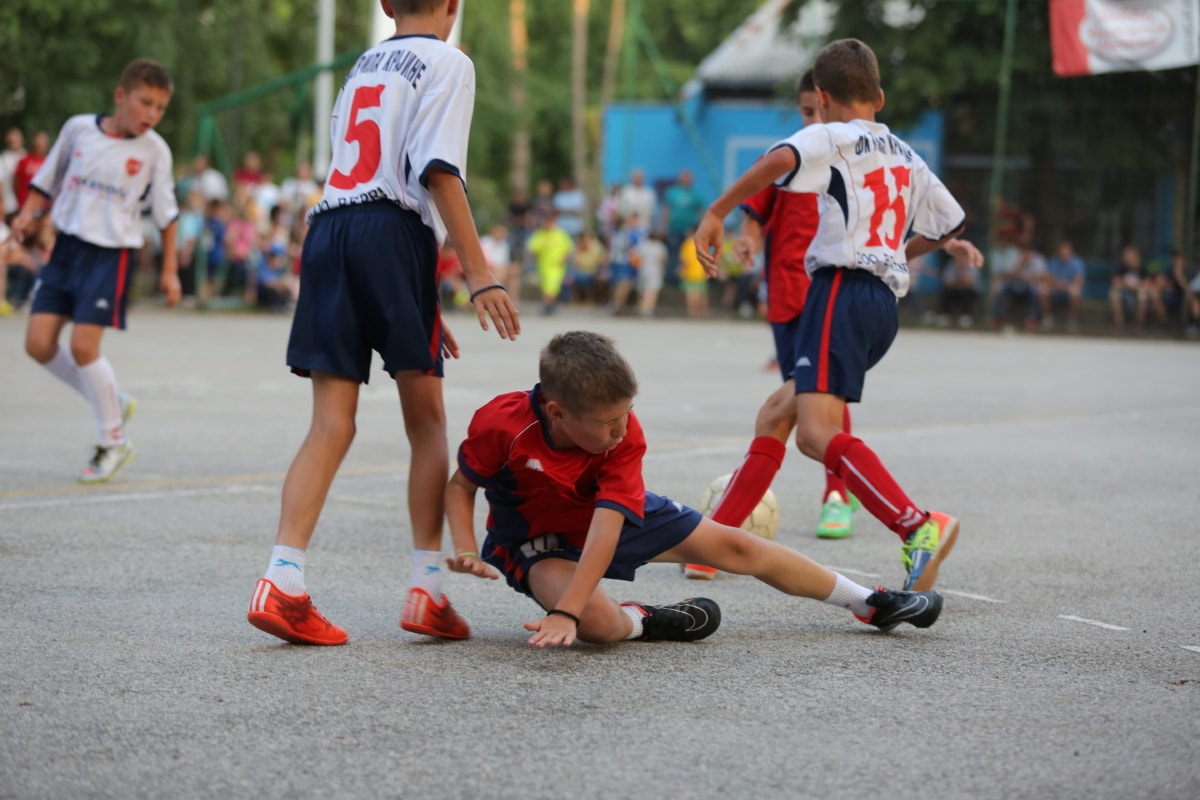 sport, injury, competition, football, foot, football player, ball, athlete, active, child