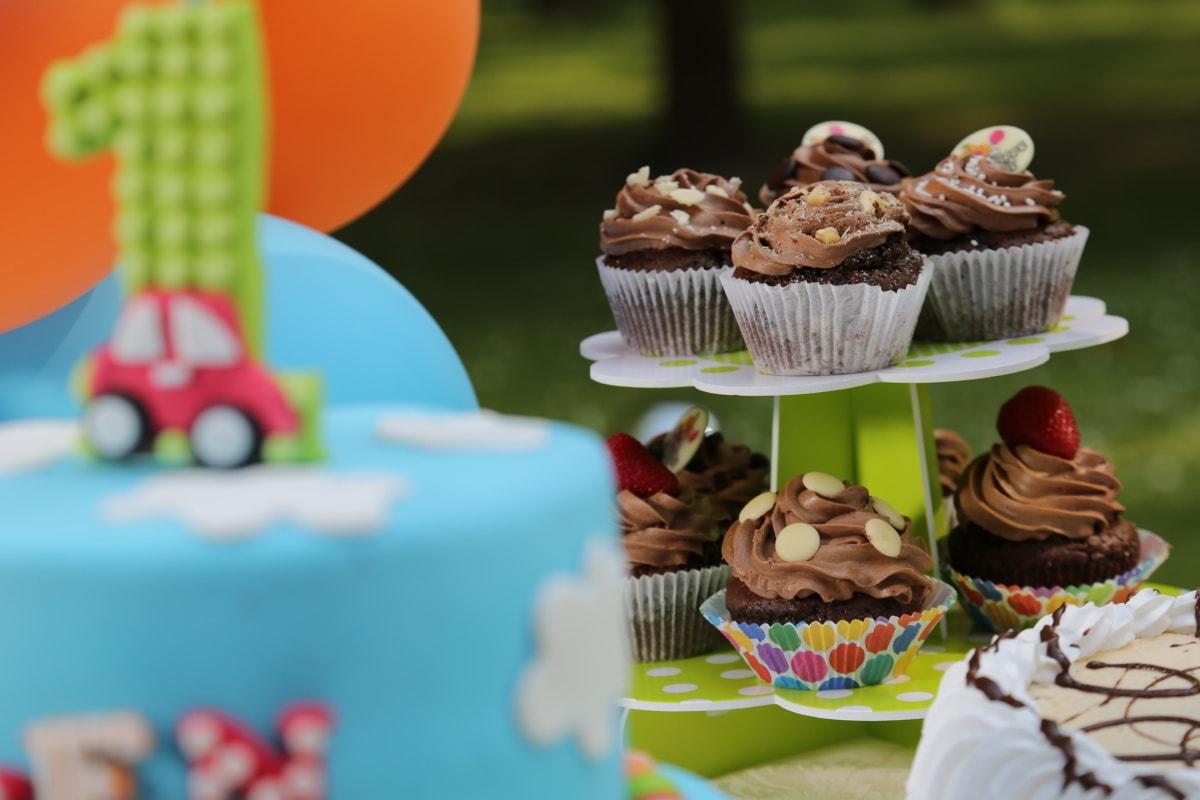 urodziny, pierwsze, tort urodzinowy, celebracja, pieczenia, cukierki, Czekolada, cukier, ciasto, pyszne