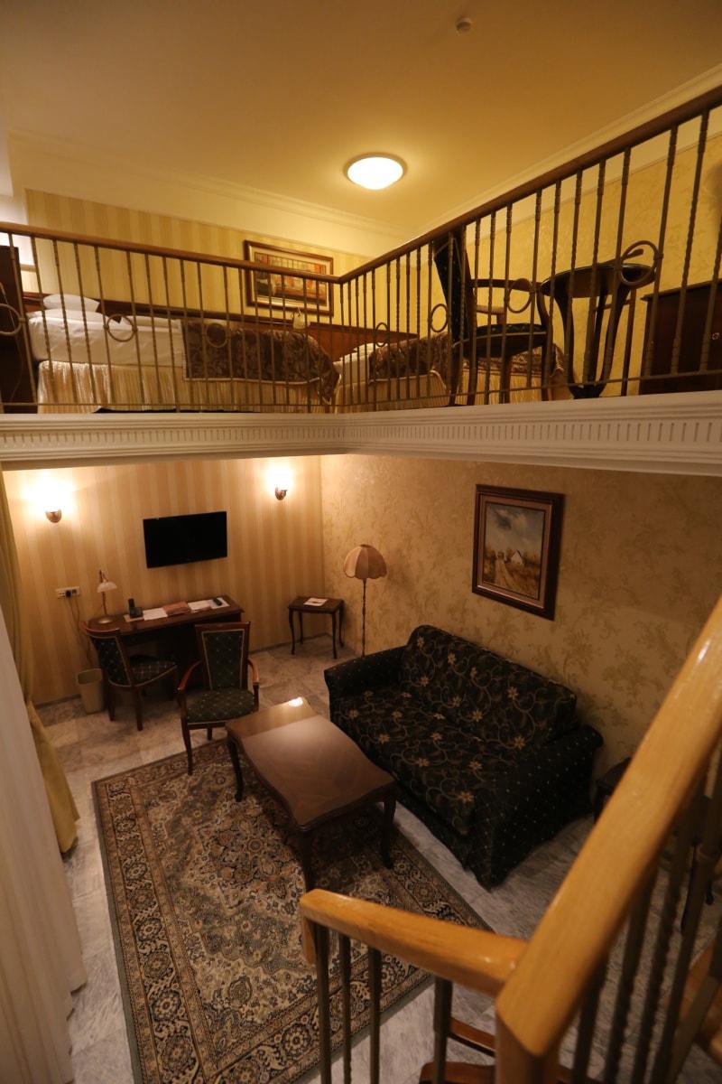 spavaća soba, balkon, dnevni boravak, dizajn interijera, namještaj, kuća, predsoblje, kuća, soba, unutarnji prostor