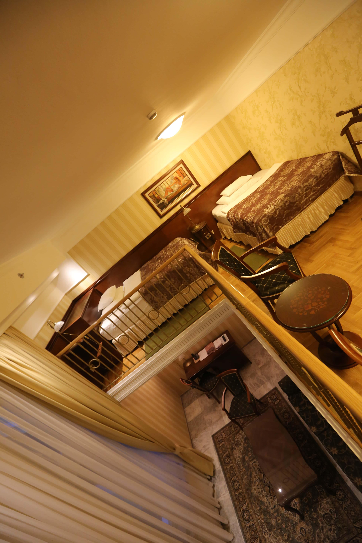 Picture of: Gratis Billede Stue Lejlighed Trappe Sovevaerelse Luksus Arkitektur Moderne Interior Vaerelse Indendors