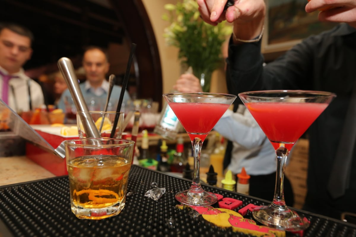 nightlife, cocktails, bartender, nightclub, discotheque, drink, cocktail, glass, alcohol, indoors