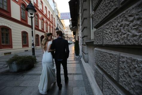妻, ウェディングドレス, 夫, 衣装, ウォーキング, スーツ, 通り, アーキテクチャ, 歩道, 構築