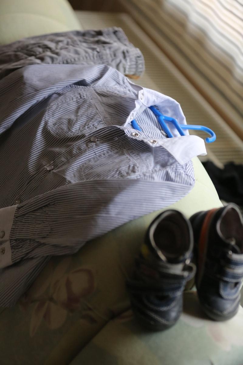 pants, child, clothes, shirt, shoes, light, indoors, portrait, fashion, bedroom