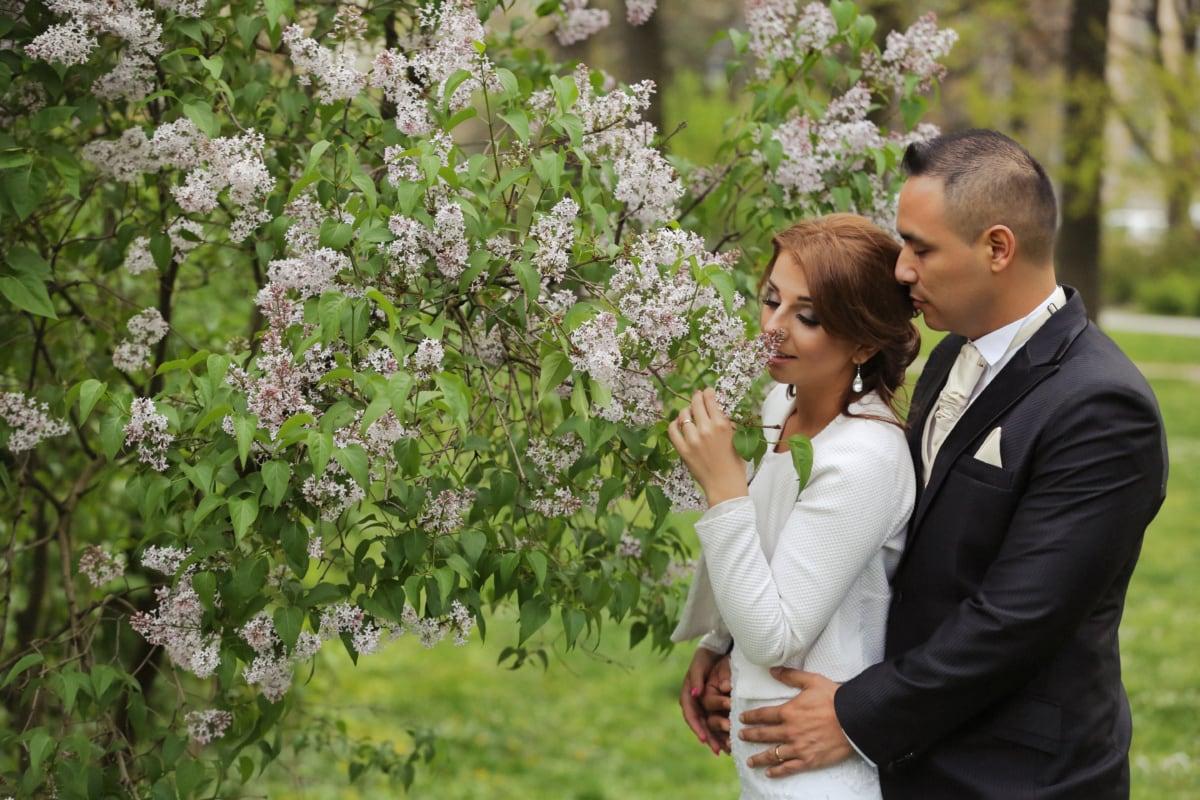 jardin fleuri, fragrance, couple, la mariée, jeune marié, amour, étreindre, étreinte, fleur, nature