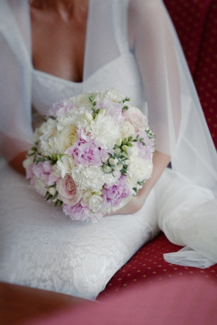 wedding dress, ceremony, wedding bouquet, bride, veil, dress, flower, wedding, decoration, bouquet