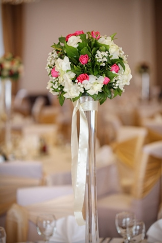 tall, vase, lunchroom, dining area, bouquet, elegant, romance, arrangement, flowers, love