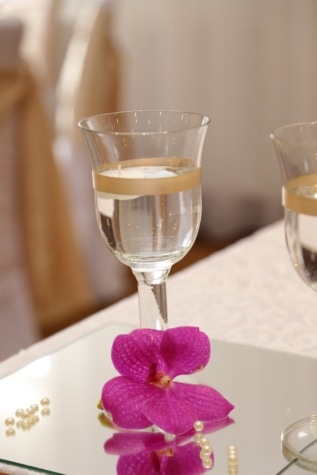 wine, white wine, champagne, glass, crystal, elegant, flower, decorative, arrangement, orchid