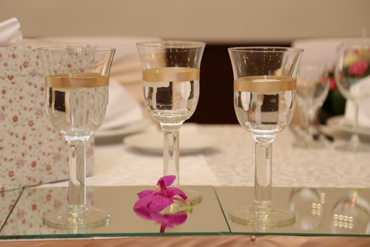 white wine, champagne, three, crystal, glass, beverage, dining, wine, luxury, alcohol