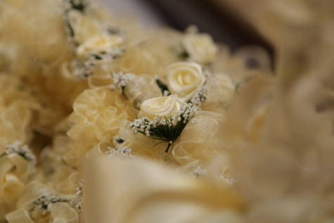 pastel, yellow, bouquet, roses, wedding bouquet, silk, wedding, traditional, luxury, romance