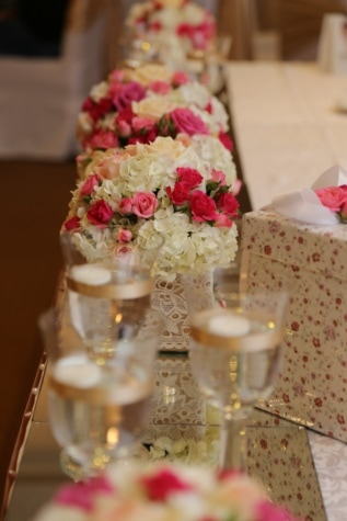 wedding bouquet, interior decoration, glass, arrangement, gifts, dining area, table, dessert, delicious, cake