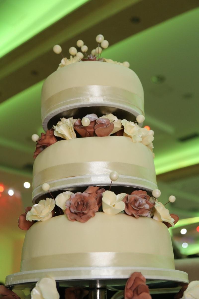 wedding cake, lights, hotel, wedding, baking, groom, love, elegant, indoors, design