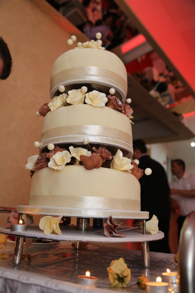 discotheque, bartender, wedding cake, wedding, romance, interior design, candle, people, celebration, chocolate