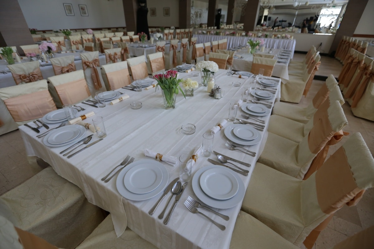 dining area, hotel, banquet, silverware, cutlery, dining, furniture, chair, tablecloth, tableware