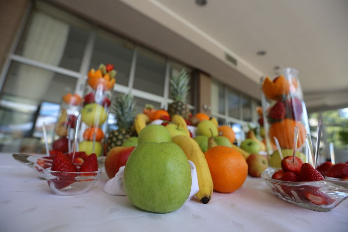 dining area, banquet, lemon, orange, fruit, citrus, food, apple, health, still life