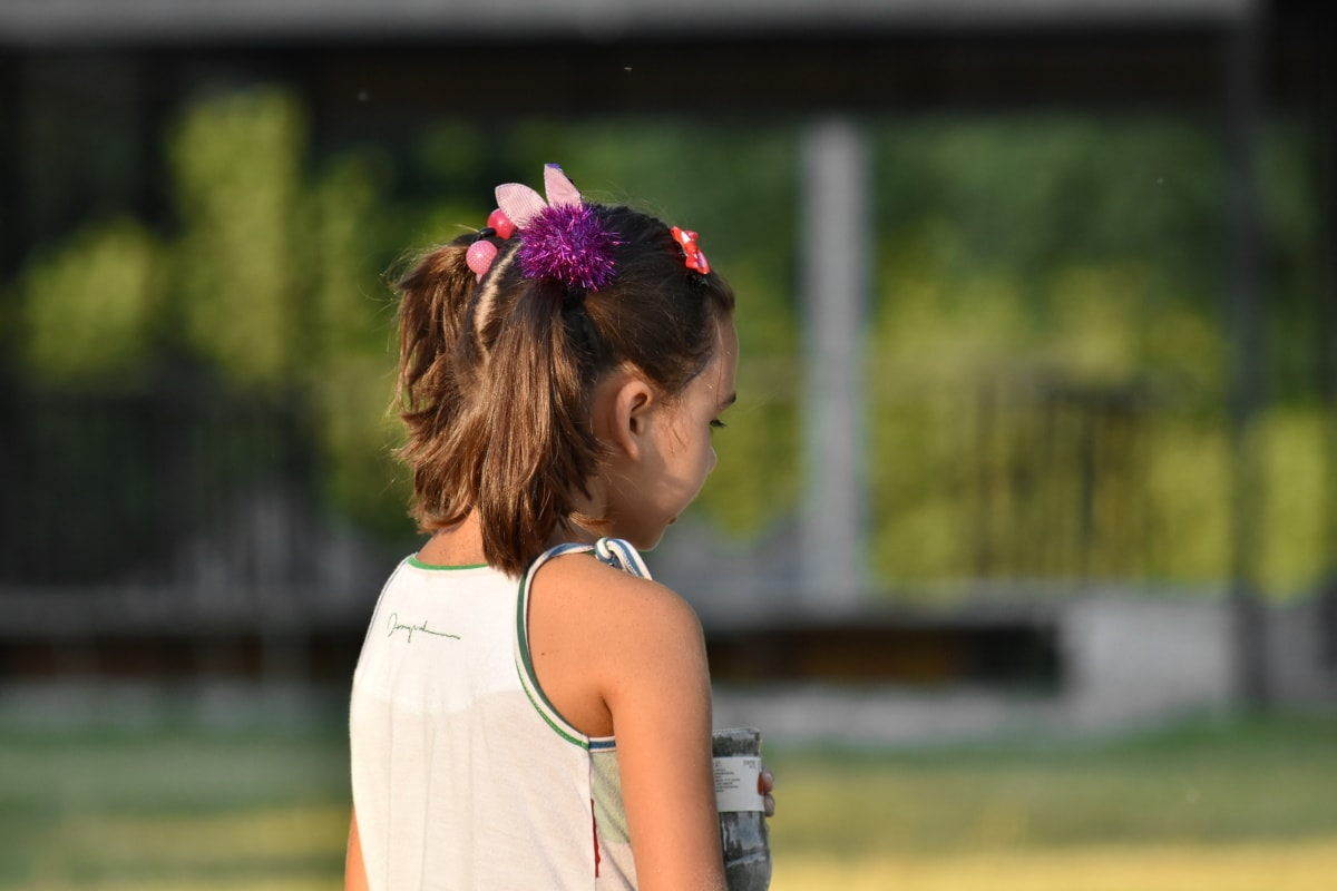 ludique, enfant, jeune fille, service de garde, aire de jeux, accessoire, Coiffure, heureux, parc, à l'extérieur