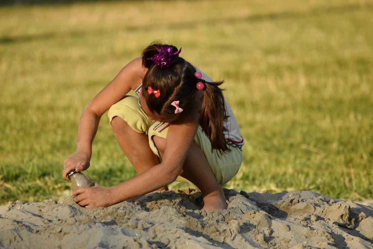 игривый, веселье, девушка, веселый, игра, песок, красивые фото, джой, лето, открытый