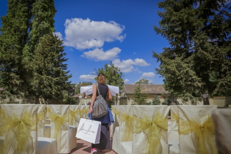 shopping, shopper, woman, celebration, chairs, people, landscape, outdoors, flower, ceremony