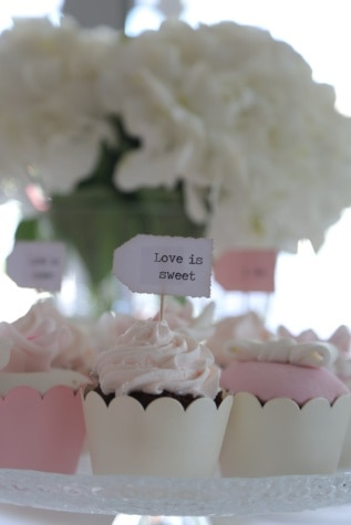 wedding cake, wedding, message, sweet, love, cupcake, sugar, delicious, baking, cake