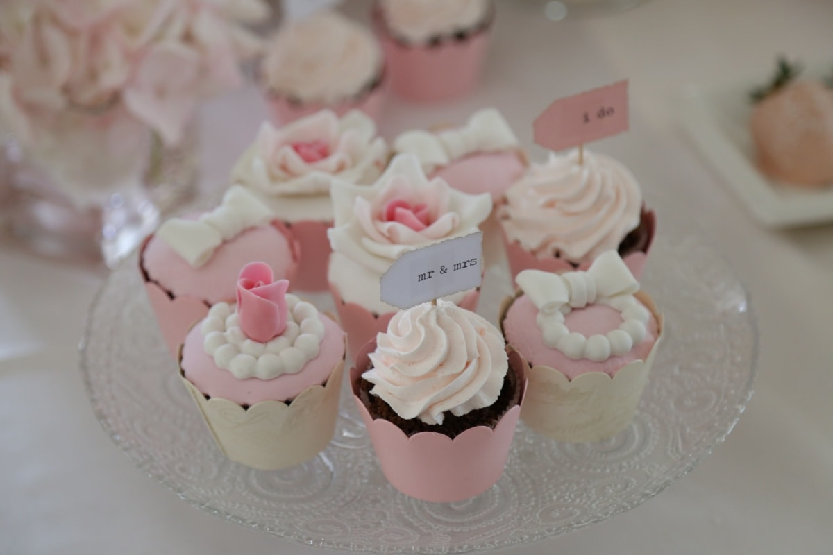 wedding, pinkish, cupcake, cream, cake, baking, pink, chocolate, confectionery, dessert