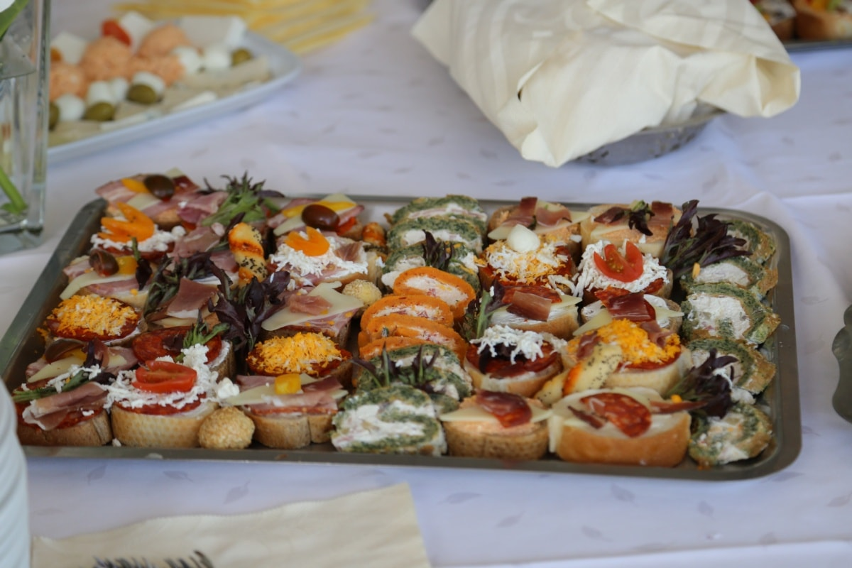 appetizer, buffet, banquet, kitchen table, snack, salad, restaurant, lunch, dinner, meal