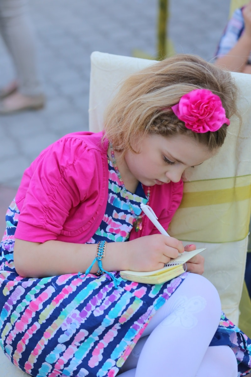 blonde hair, schoolgirl, pretty girl, pencil, notebook, outfit, child, cute, summer, outdoors