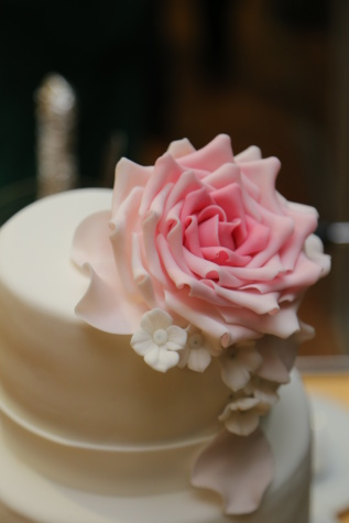 wedding cake, wedding, elegance, cream, delicious, dessert, rose, cup, pink, flower
