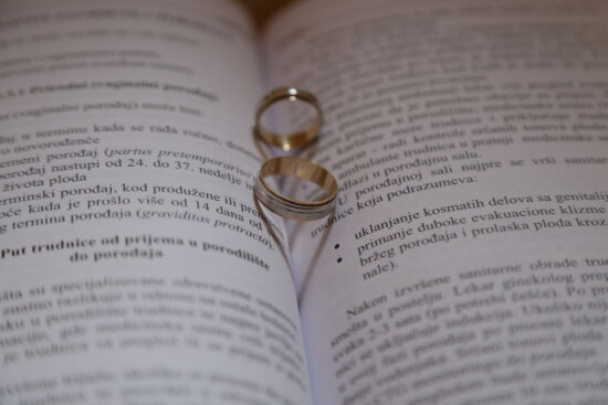 wedding ring, rings, gold, poetry, book, wisdom, close, romantic, page, text