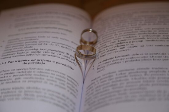wedding ring, rings, book, poetry, paper, text, page, read, bible, finance