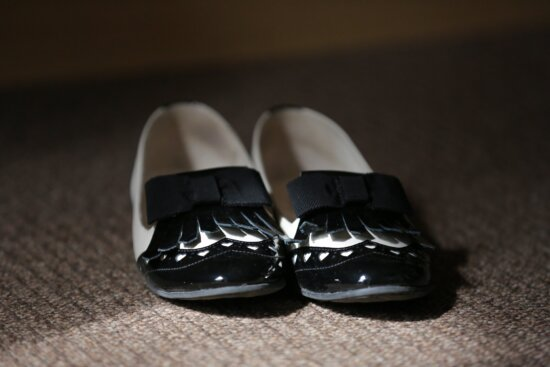 comfortable, classic, shoes, handmade, black, leather, glamour, elegance, shadow, carpet