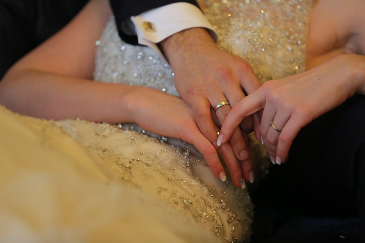 wedding ring, gold, partnership, togetherness, rings, hands, manicure, skin, wedding dress, skincare