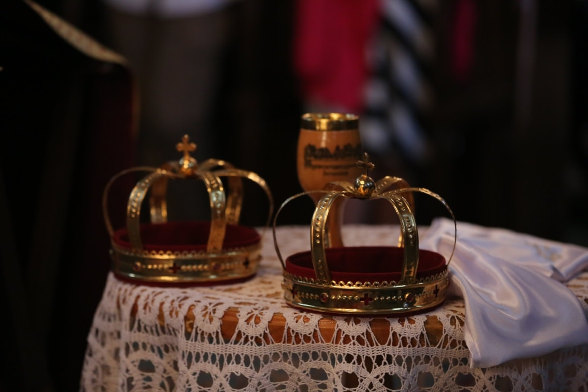 coronation, kingdom, crown, royalty, spirituality, religion, gold, jewelry, baptism, shining