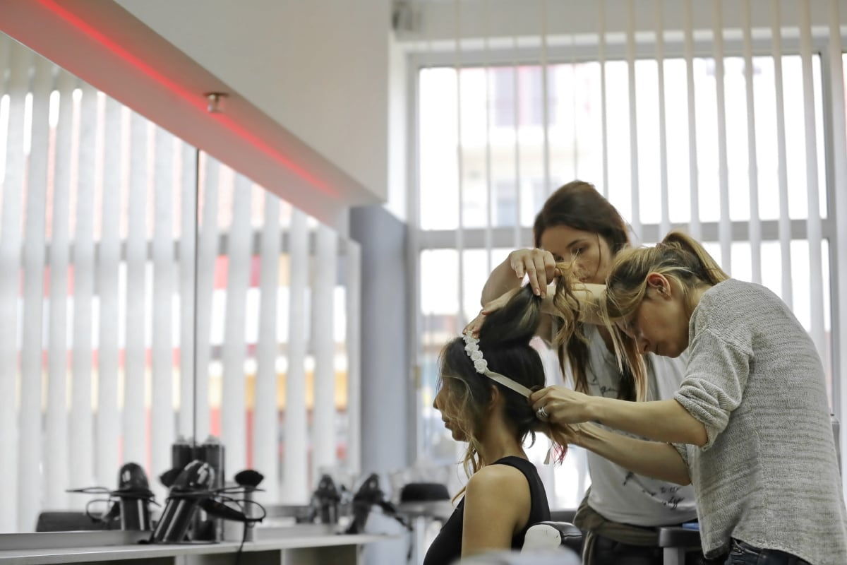 hairdresser, professional, service, hairstyle, mirror, workshop, women, photo model, people, person