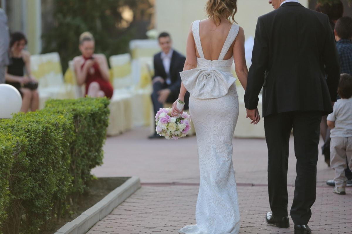bride, groom, walking, wedding dress, wedding bouquet, wedding, crowd, married, flowers, bouquet