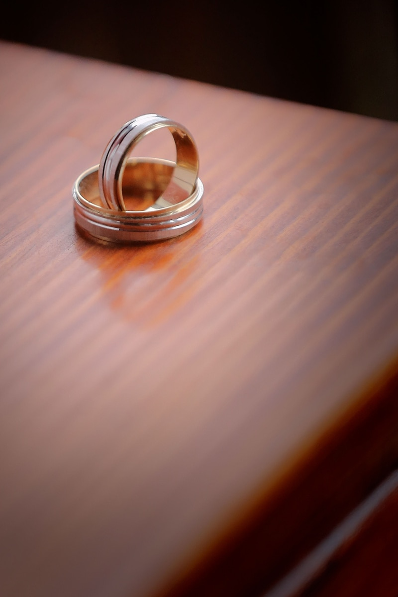 gold, wedding ring, pair, rings, jewelry, wedding, ring, love, romance, blur