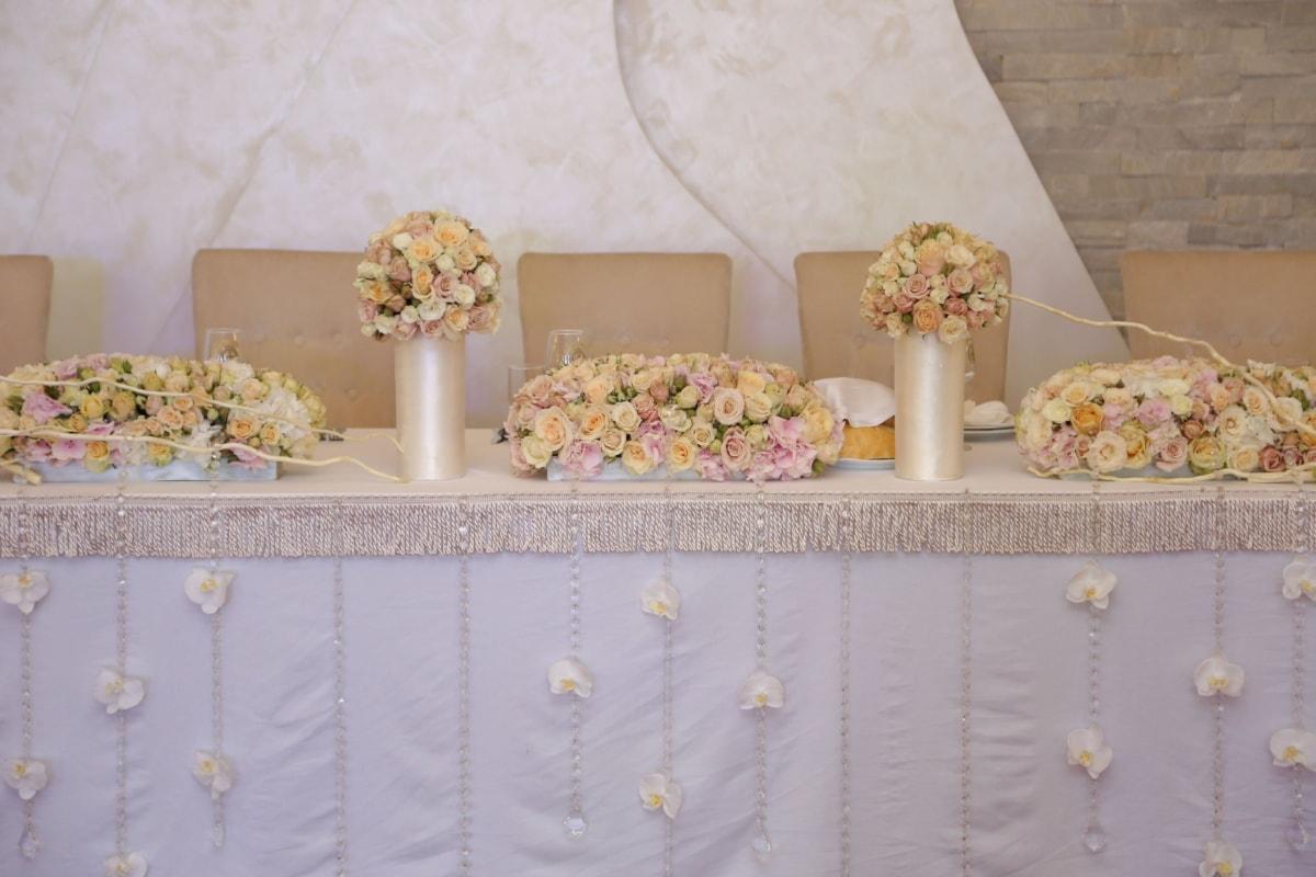 wedding bouquet, wedding, tablecloth, decoration, table, restaurant, flower, luxury, indoors, interior design