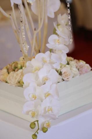 white flower, orchid, arrangement, decoration, crystal, elegance, bouquet, white, flowers, flower