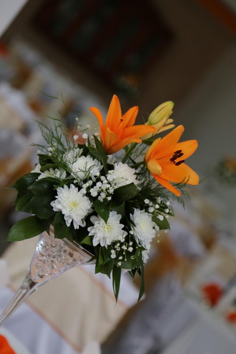 crystal, vase, lily, bouquet, petal, arrangement, flowers, flower, plant, wedding