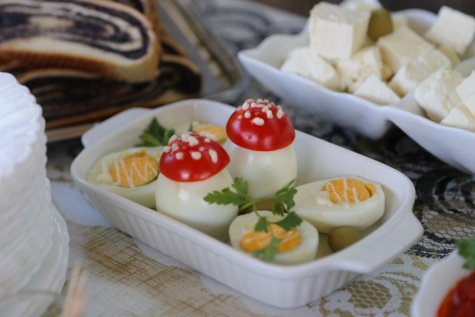 卵, 卵の黄身, 卵の白身, 朝食, チーズ, デザート, サラダ, 自家製, プレート, 食品
