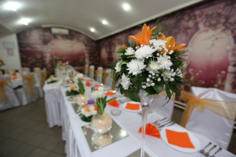 elegant, vase, lily, dining area, lunchroom, bouquet, decoration, indoors, arrangement, wedding