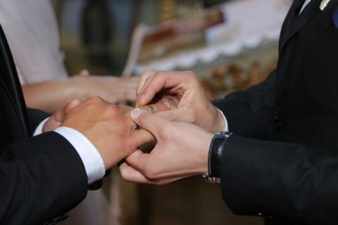 Hommes, mariage, mariage, bague de mariage, partenariat, mains, jeune marié, homme, gens, entreprise