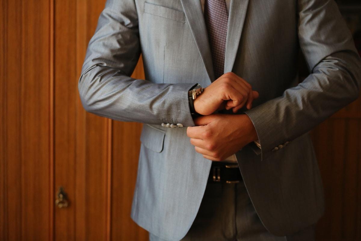 ผู้จัดการ, มีราคาแพง, เหมาะสมกับ, แฟชั่น, นาฬิกาข้อมือ, นักธุรกิจ, ธุรกิจ, สำนักงาน, ครอบคลุม, เสื้อผ้า