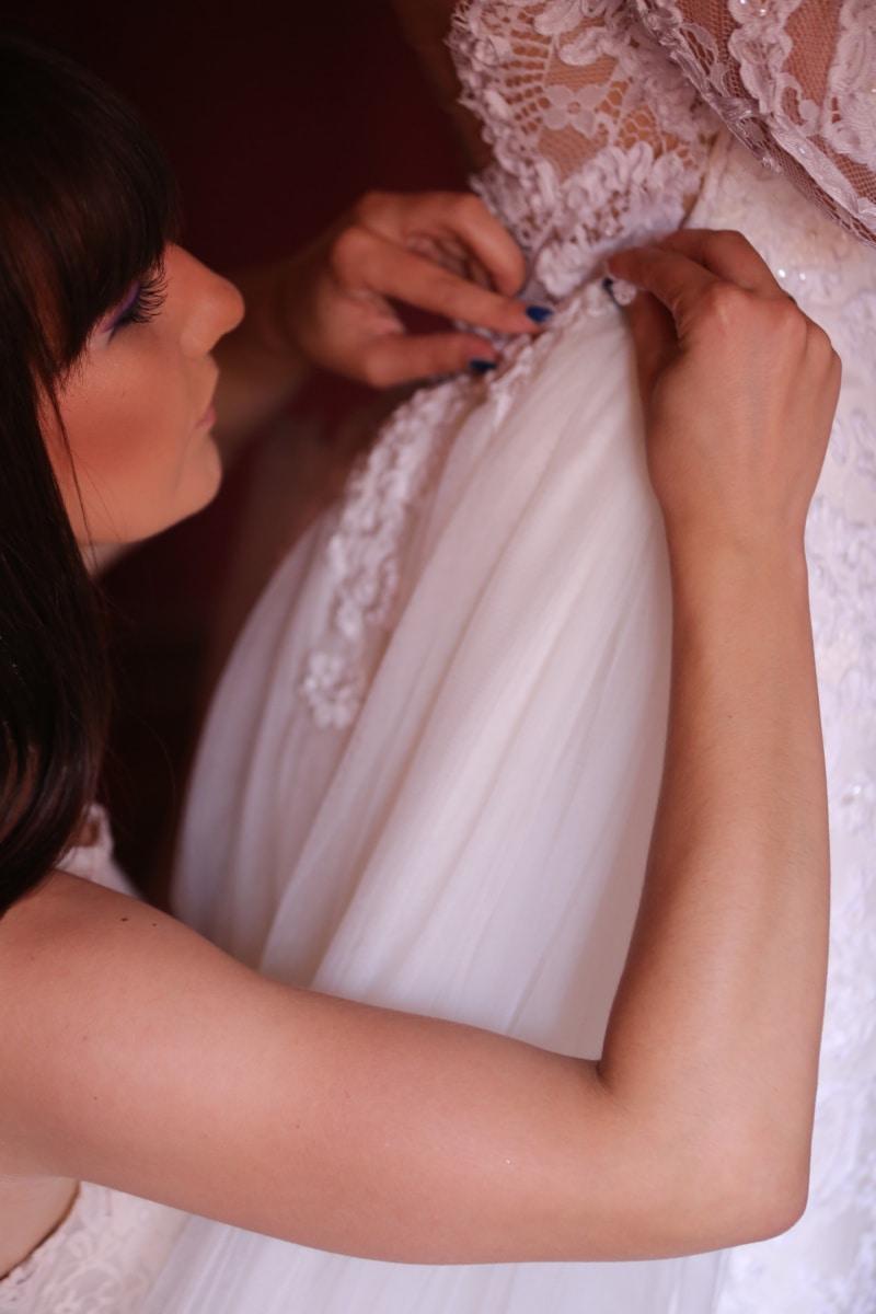 fată drăguţă, vedere laterala, rochie de mireasă, rochie, mâinile, lucrate manual, moda, femeie, nunta, mireasa