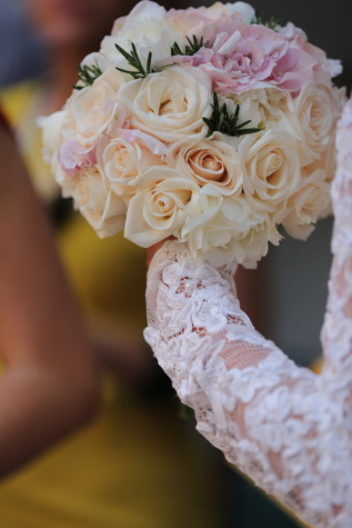 wedding bouquet, hand, wedding dress, roses, white, elegant, white flower, bouquet, flower, arrangement