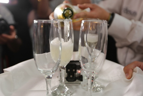 champagne, glass, bartender, bottle, crystal, napkin, dining, celebration, alcohol, drink