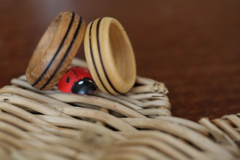 ladybug, wicker basket, wedding ring, wooden, handmade, romantic, details, brown, light brown, miniature