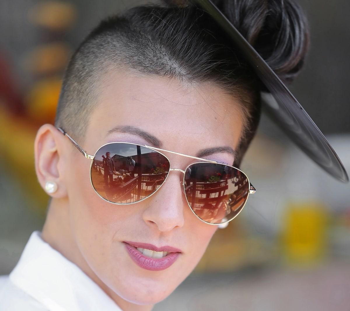 sunglasses, hairstyle, vinyl, head, fashion, portrait, glamour, pretty girl, face, glasses