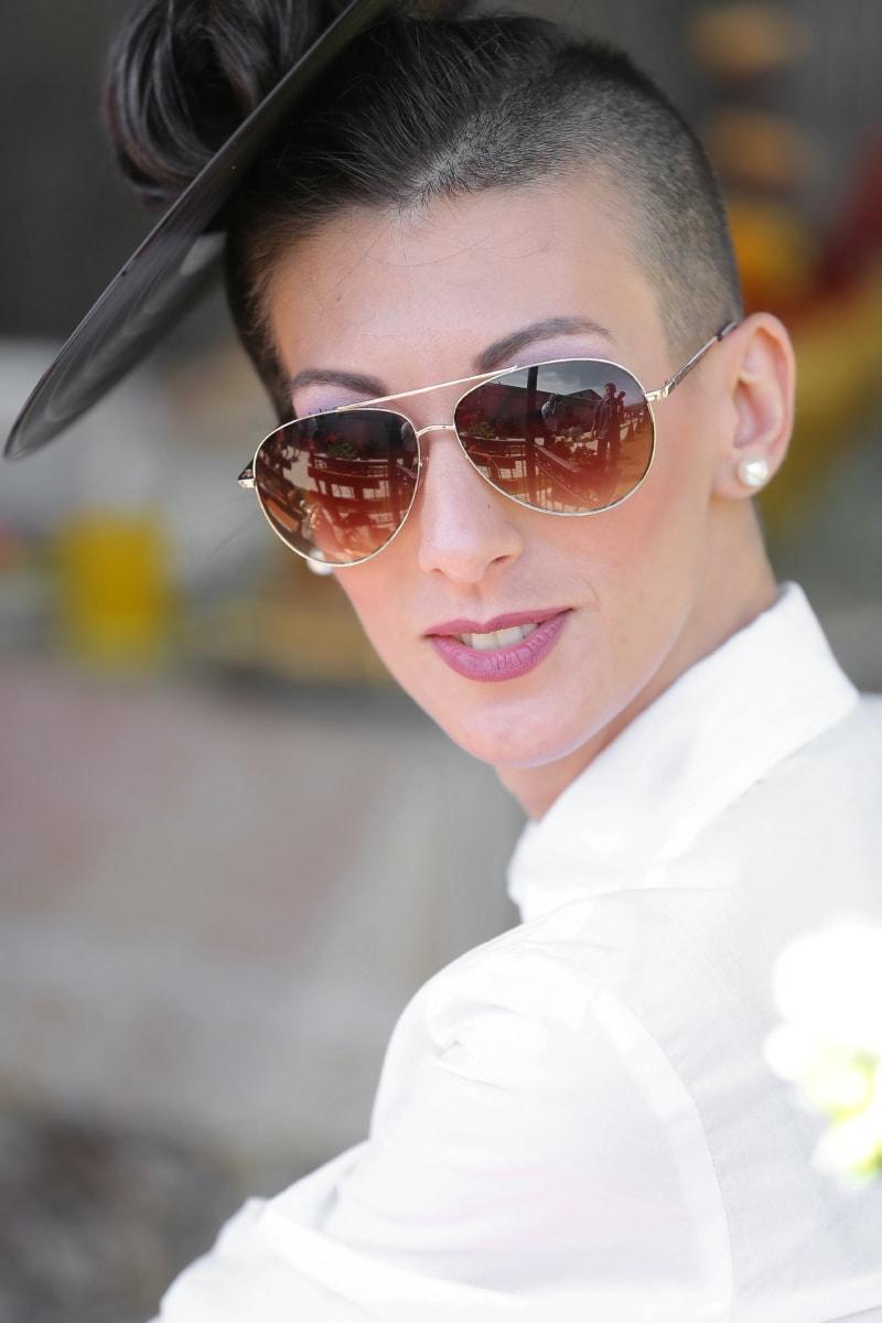 junge Frau, Sonnenbrille, Mode, Frisur, Lippenstift, Porträt, Lippen, Geschäftsfrau, Person, attraktiv