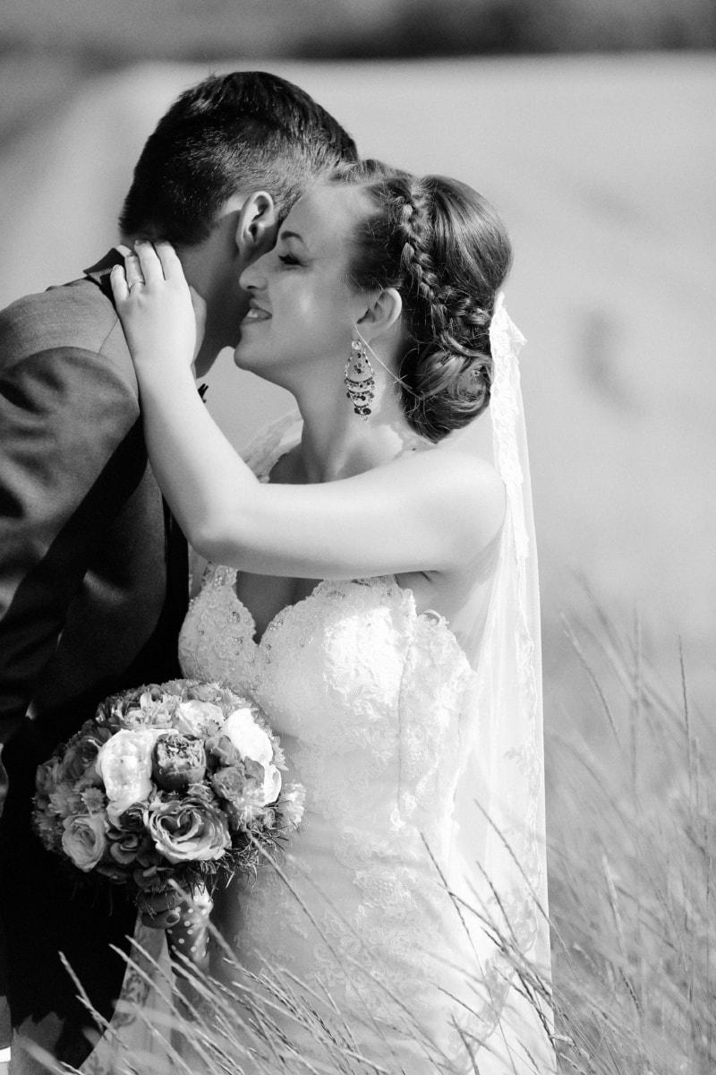 la mariée, Smile, étreindre, champ de blé, couple, jeune marié, gens, mariage, amour, monochrome