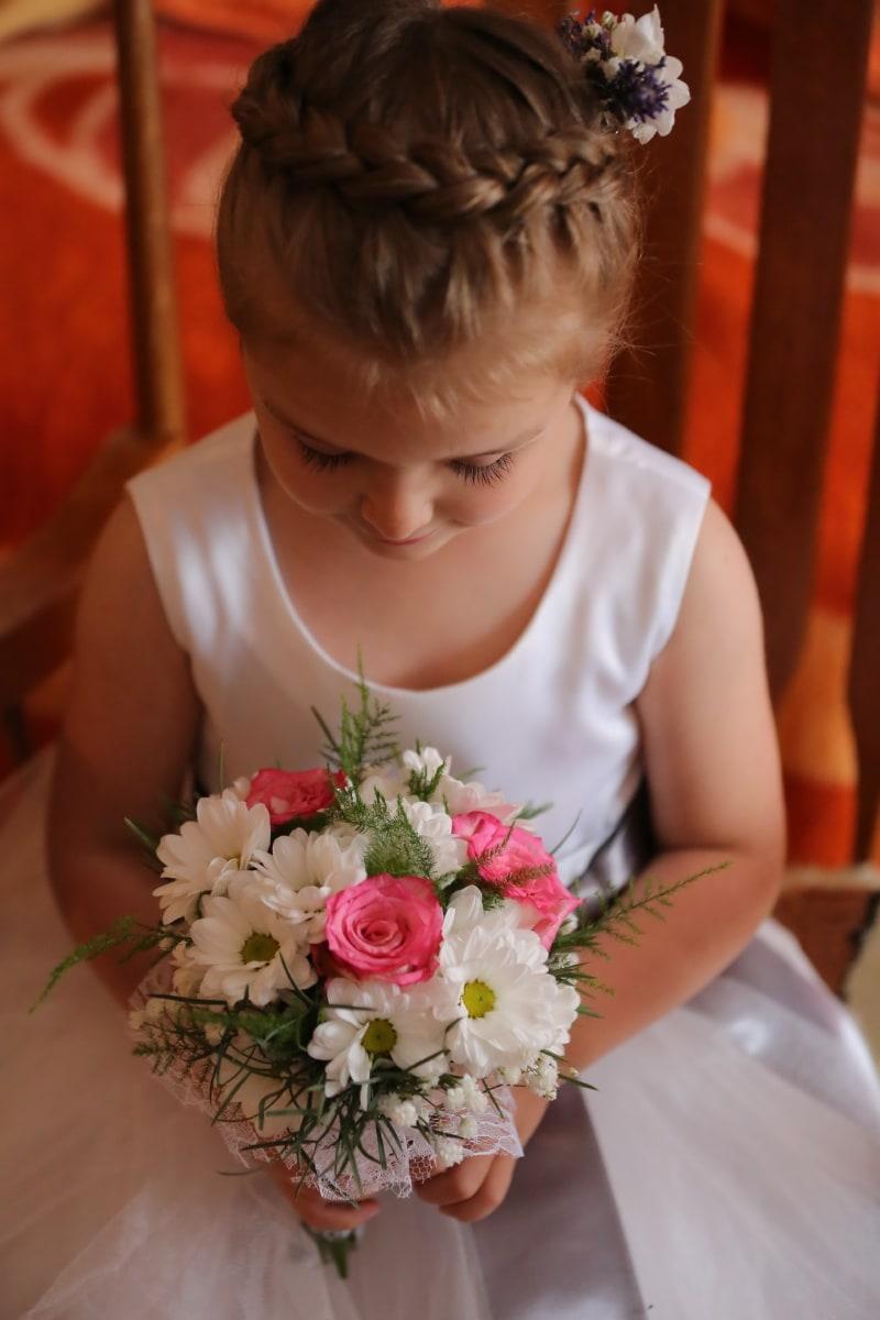 child, dress, pretty girl, wedding bouquet, fashion, hairstyle, bouquet, love, decoration, flowers
