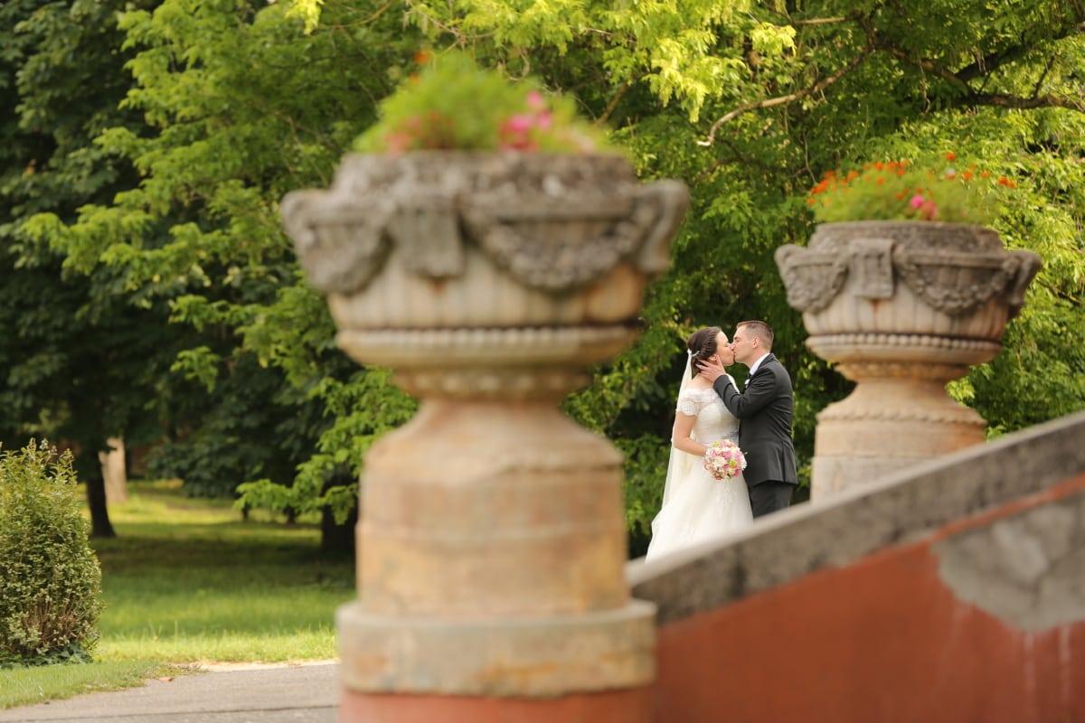 kiss, hug, suit, romance, castle, love, wedding dress, bride, wedding, wedding bouquet